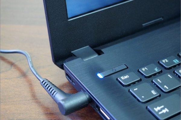 Как правильно заряжать ноутбук.